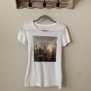 Aeri Real Soft Tee Life Of The Party